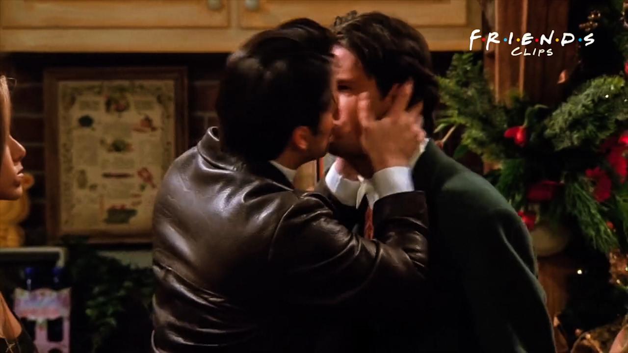 Friends  Joey Kisses Chandler - Youtube-2928