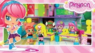 ¡Jugamos en el Instituto PINY con TODAS las muñecas! thumbnail