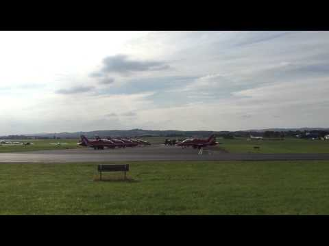Red Arrows engine check and take off from Exeter Airport