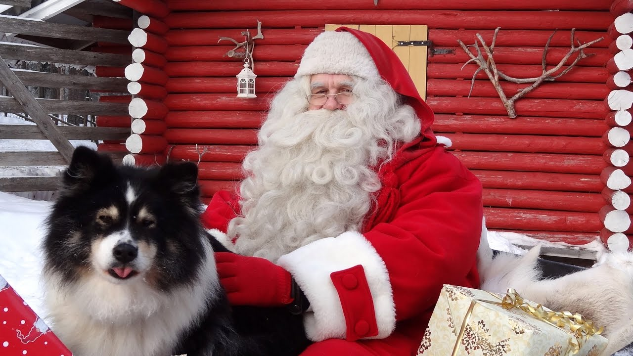 Mengapa Santa Claus berbaju warna merah dan putih? Foto: Youtube.com