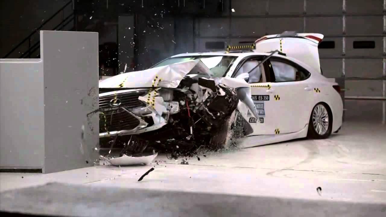 2018 lexus es hybrid. brilliant lexus 20162018 lexus es 300hes 350 iihs narrowoverlap crash test throughout 2018 lexus es hybrid