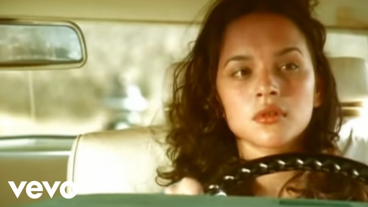 Norah Jones - Come Away With Me (Official Video)