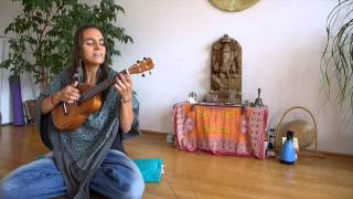Renee Sunbird - Sita Ram Jay Jay Ram (beautiful Mantra from the Mooji Sangha)