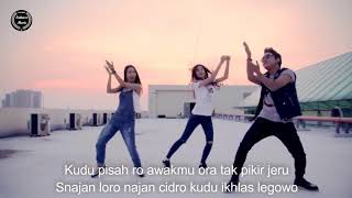 Hip Hop Dut Ora Guno VOC YK Klip & Lirik