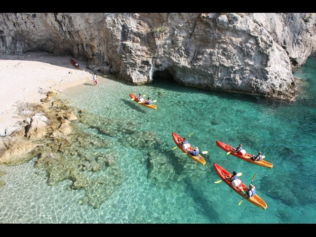 Sea Kayaking Dubrovnik City Walls - Croatia - YouTube