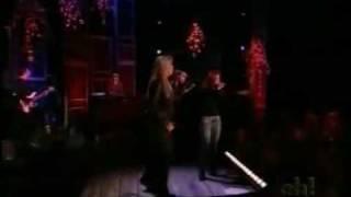 """Toni Braxton and Trisha Yearwood """"How Do I Live"""" (Live)"""