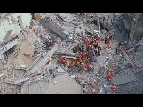 Sube a 247 la cifra de muertos por el terremoto en Italia