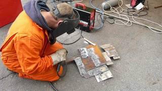 Инверторной сваркой Stark можно делать надписи!(Инверторным сварочным аппаратом Stark настолько легко варить и держать сварочную дугу, что можно делать вот..., 2012-05-26T11:04:33.000Z)
