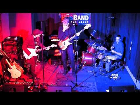 Hus Band