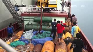 TNI AL Menangkap Kapal Berisi Ikan Hiu di Ambon - NET17