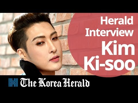Herald  Kim Ki-soo blurring gender barriers with makeup