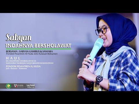 Deen Assalam - Sabyan Gambus Live Pondok Al Huda Kebumen  - Nisaa