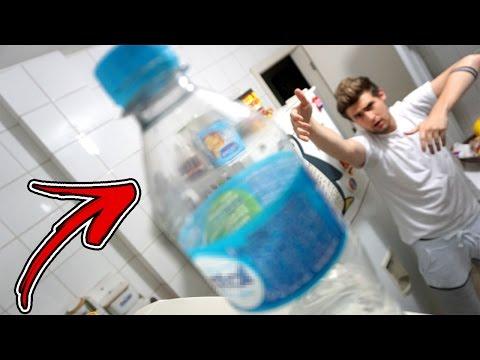 DESAFIO DA GARRAFA !!! #1 (Water Bottle Challenge)
