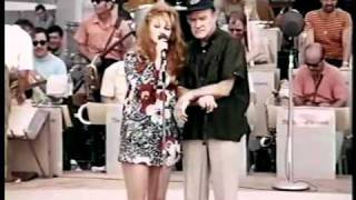 Ann-Margret Recieves the Bob Hope Excellence in Entertainment Award