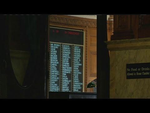 Massachusetts House votes for pay increase