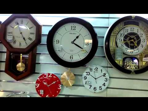 First Shot of Seiko Melodies In Motion QXM345 Pendulum Melody Clock   Pascal Retro Video Style #17