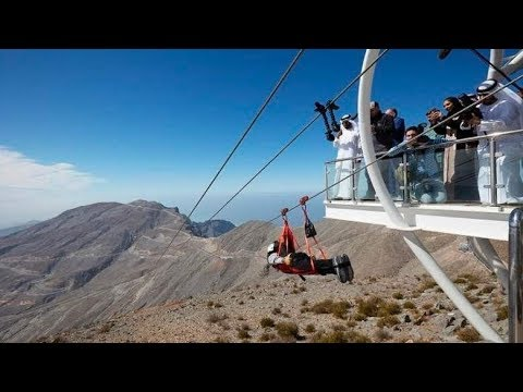 The longest zipline in the world 3km long - DUBAI.( 4K )