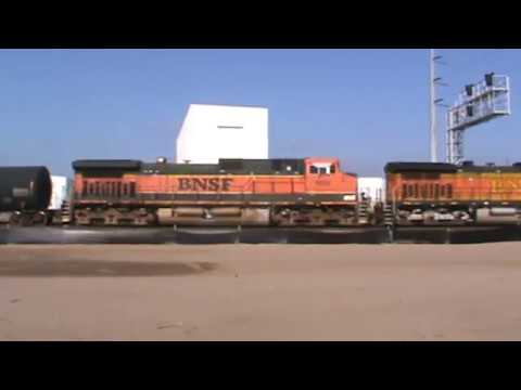 BNSF General Freight Arrival backing up Tulsa, OK 9/22/17 vid 2 of 12