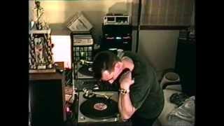 CHICAGO DJ PHIL K SWIFT TRICKIN SCRATCHIN BREAK DANCIN PERFORMS BATTLE TECHNIC 1200 TURNTABLES DMC
