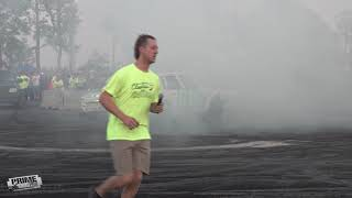 Burnout Contest - Cleetus & Cars in Florida