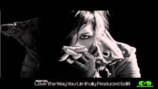 Gambar cover Rihanna - Love The Way You Lie (No Rap) Ft. Skylar Grey