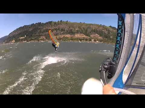Columbia River Gorge Windsurfing in Harmony