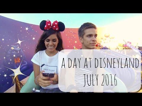 A DAY AT DISNEYLAND PARIS - JULY 16 | LAXTITIA