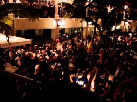 halloween 2010 cocowalk 360mix coconut grove fl pt2