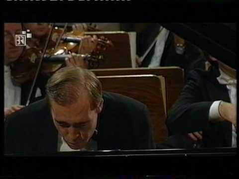 Denys Proshayev Mozart Konzert K 415 1.Satz   (2)