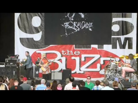 The Joy Formidable - This Ladder Is Ours 4/16/2016 LIVE at Buzzfest 35