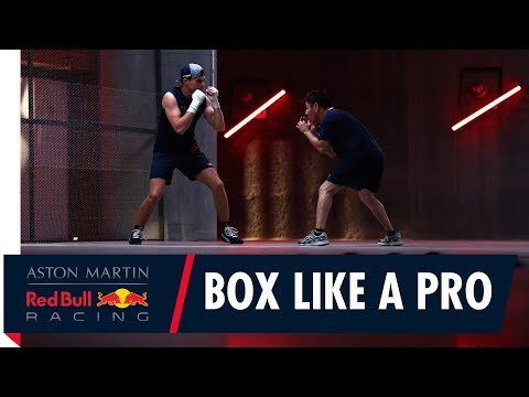 (6) Max Verstappen gets some boxing tips from World Champ Jorge Arce in Mexico City - YouTube