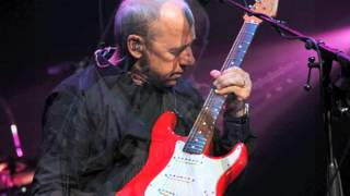 Watch Mark Knopfler The Ragpickers Dream video