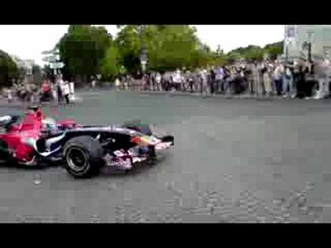 Sebastien Bourdais F1 In Paris INSANE SOUND !!!