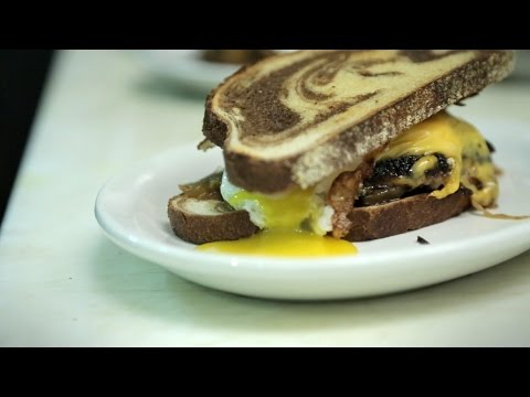 The Porky Melt: Cooking with Wyatt and Dale - YouTube