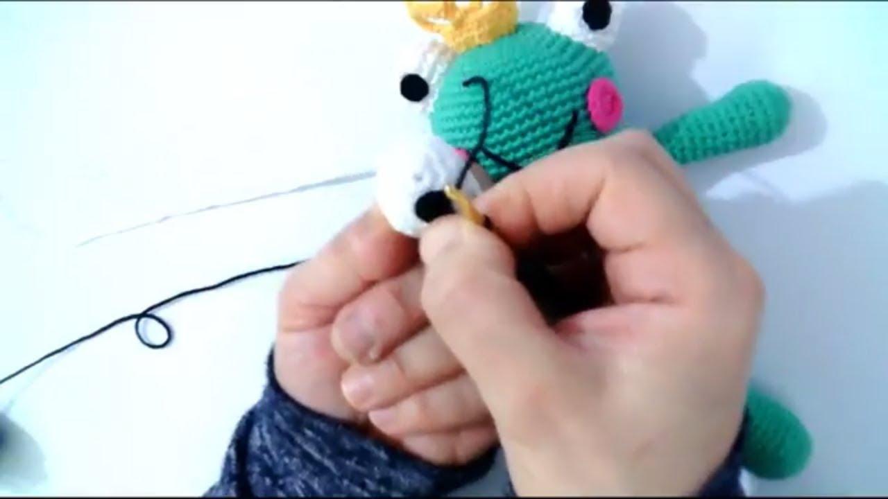 amigurumi kurbağa prens yapımı göz yapılması amigurumi  frog prince making eye making -5
