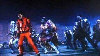 michael jackson thriller coreografia con zombies