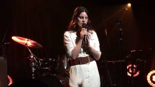 Lana Del Rey Love Live At Sxsw First Ever Performance At Apple Music Austin March 17 2017