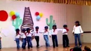 El ferrocarrilero - Baile infantil.3gp