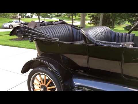 1924 Ford Model T Touring car - For sale at www.bluelineclassics.com