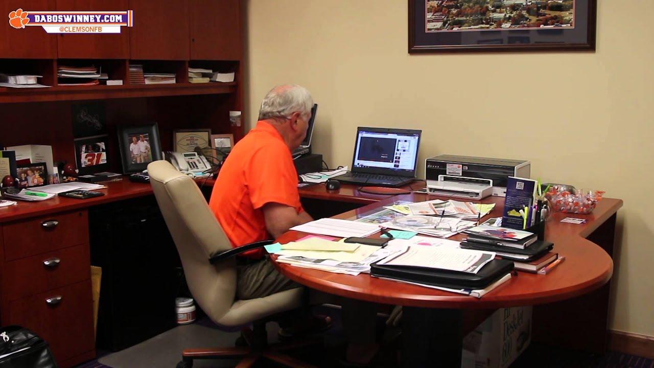 Clemson Football || Coach Brooks' Playlist - YouTube