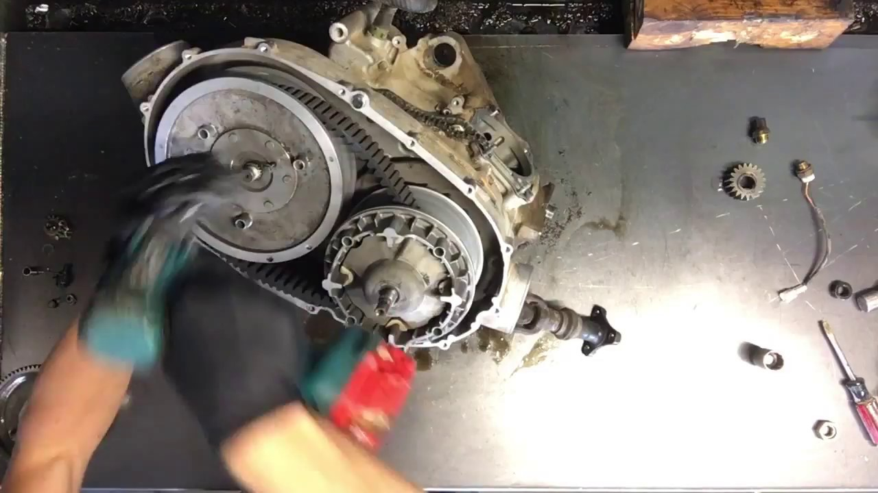 HOW To - Remove and Install Clutches / Belt On An Arctic Cat / Yamaha  Sheaves Clutch Drive