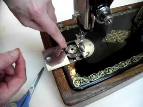 How To Thread A Vintage Round Bobbin Sewing Machine Singer 40K Adorable Singer Sewing Machine Bobbins