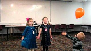 ЛС и Алиса поют ''Как положено друзьям''