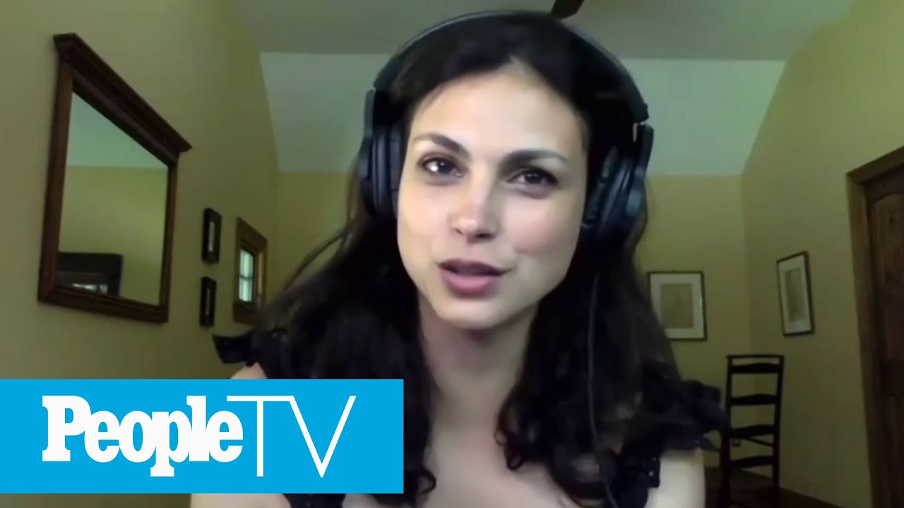 Morena Baccarin Says Cast Of 'Firefly' Still Has Active Text Chain | PeopleTV