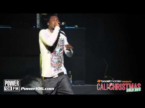 "Meek Mill Performs ""Amen"" at Sold Out Cali Christmas 2012"