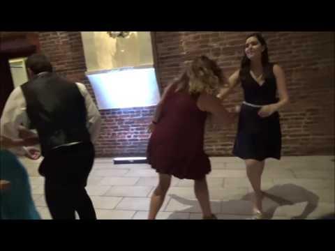The Wedding Reception Pose Game