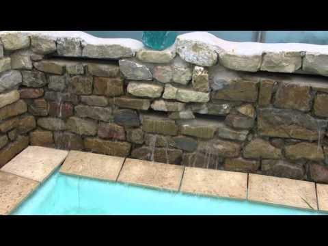 Estanque con cascada de agua youtube for Estanque cascada