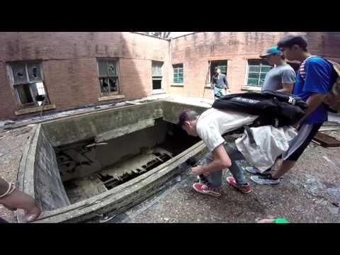 ABANDONED TRIP EXPLORATION | Vlog 2 | SOMEONE HIDING!?!?!