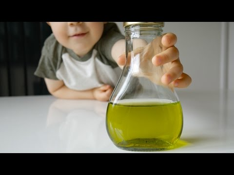 How to Make a Chemical Traffic Light | Kids Science