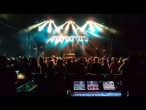 Tom Middleton Live at WOMAD (Too much BASS!!!!)